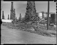 Wreckage of an oil derrick, Signal Hill, 1936