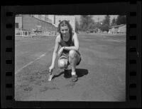 Marguerite Caswell on the track, Los Angeles, 1936