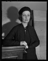 Lois L. Ikonnikoff at court, Los Angeles, 1936