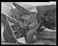 A fatal plane wreck at Long Beach, 1936