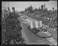 Chamber of Commerce float at Tournament of Roses, Pasadena, 1939
