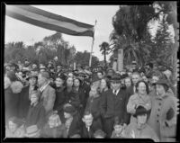 Large crowd gathered to watch the Tournament of Roses Parade, Pasadena, 1939