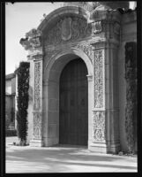 Entrance with relief sculpture at the Pierce Brothers Mortuary, Los Angeles, 1925-1939