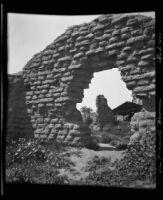 Ruins of a workshop at the Mission San Fernando, Rey de España, Los Angeles, 1922